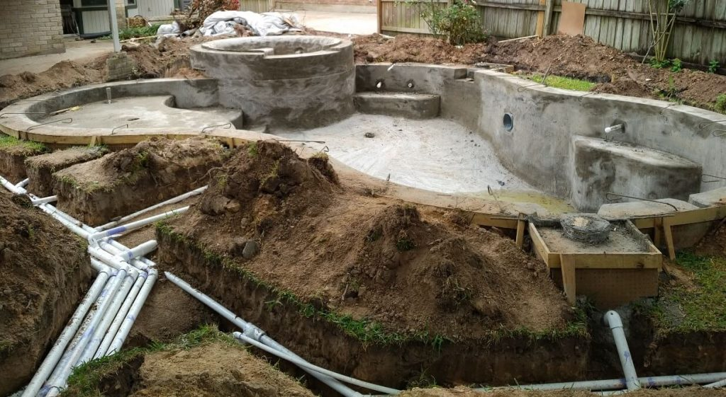 main pool plumbing installation