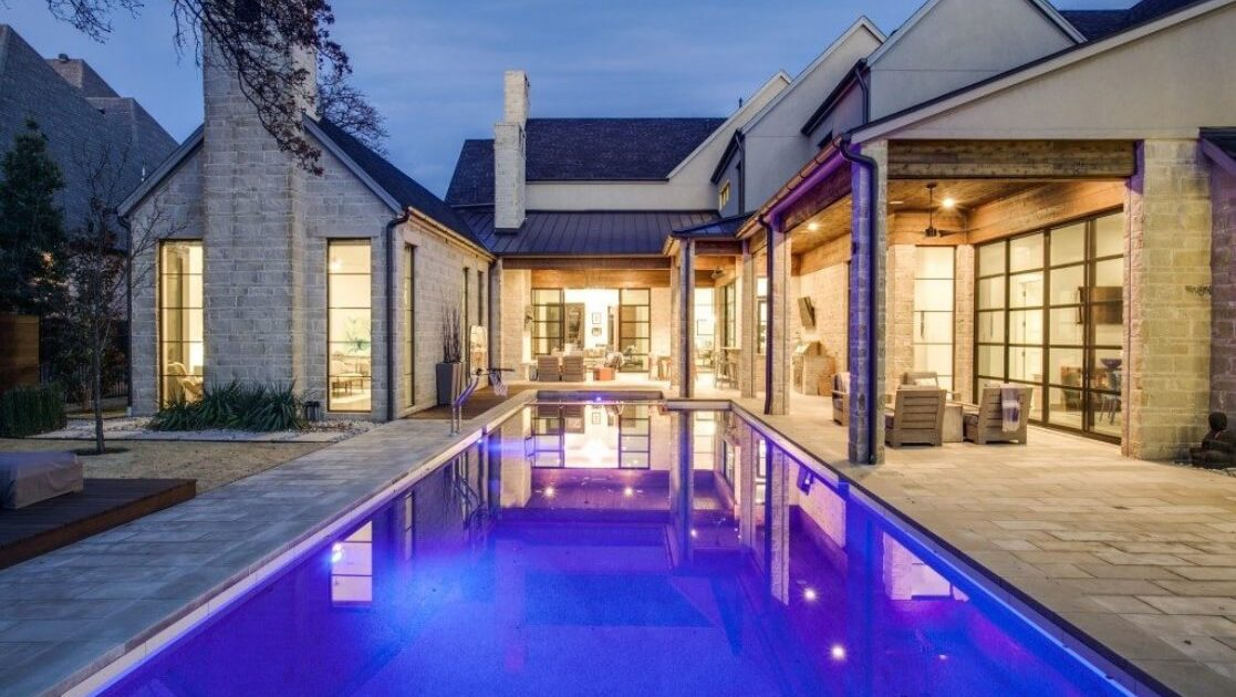 custom inground gunite pool builders the Woodlands, TX