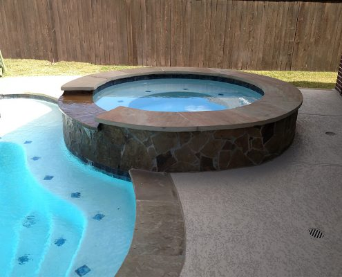 custom pool contractors Conroe, TX