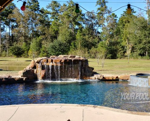 swimming pool contractors near conroe, tx