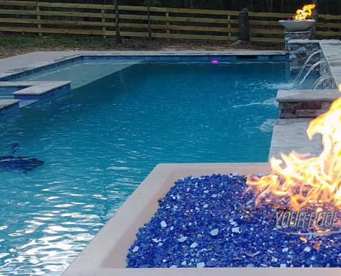 custom pools conroe, tx builders